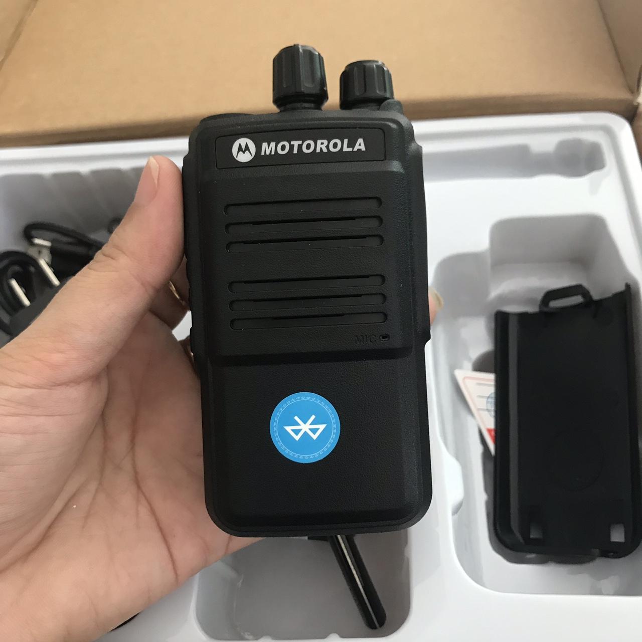 Máy bộ đàm cầm tay Bluetooth