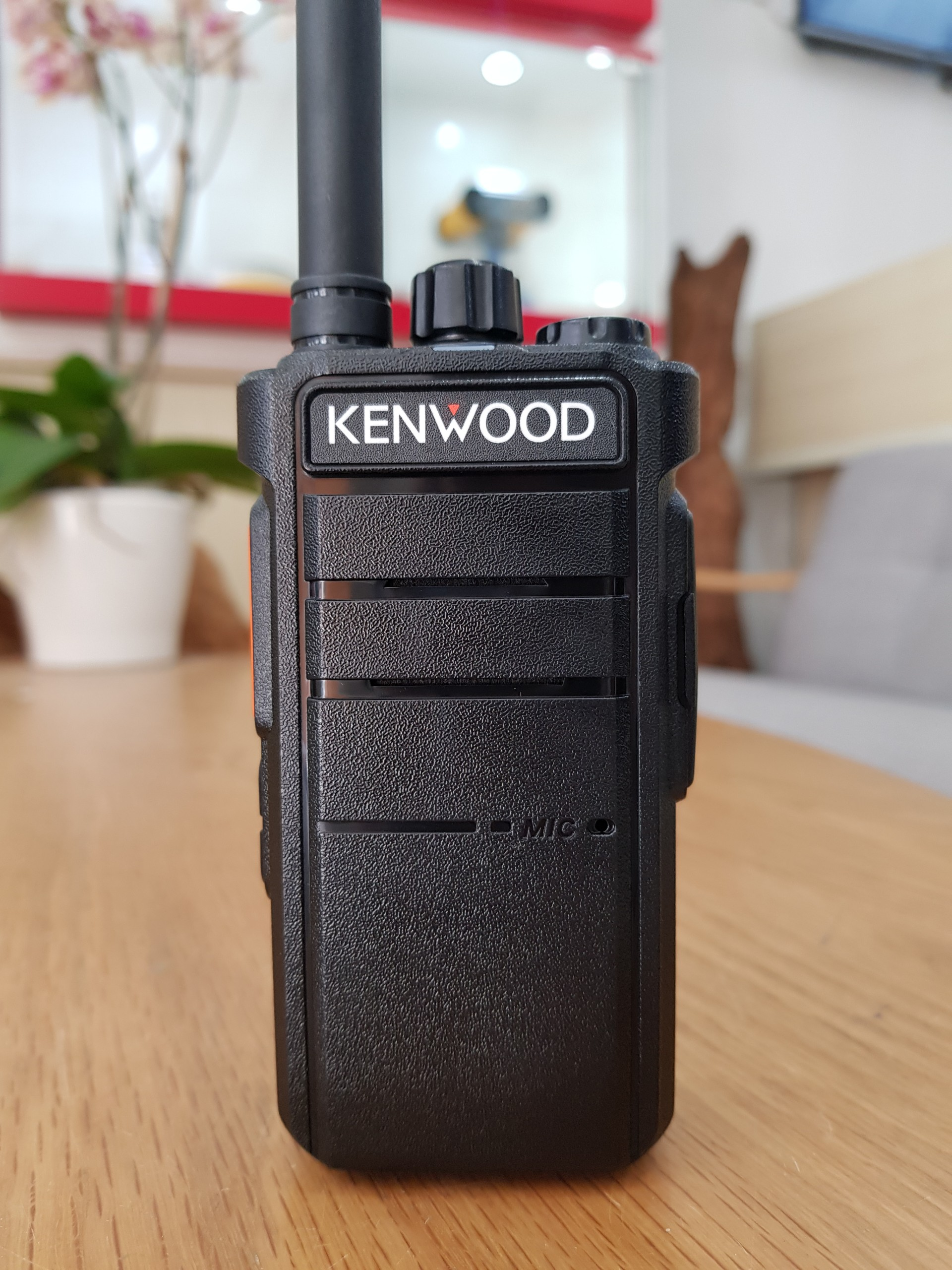 Máy bộ đàm Kenwood TK D890